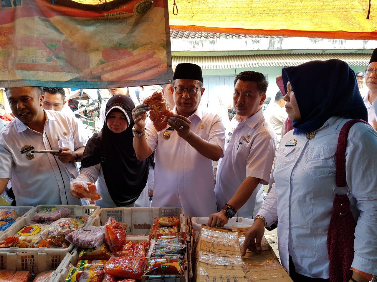 Tim Monitoring Sembako Pantau Harga di Pasar Natar