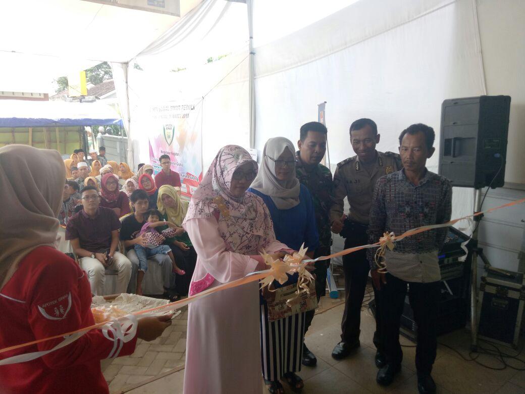 200 Warga Ikuti Pengobatan Gratis Pada Pembukaan Apotek Sinar II