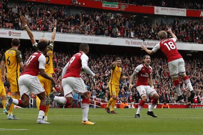 Arsenal Bungkam Brighton 2-0
