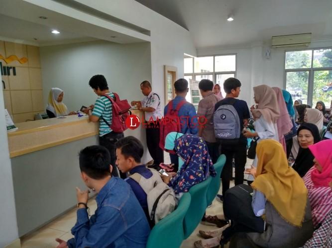 1.092Mahasiswa UIN Jalur UM Lokal Lunasi Uang Kuliah Tunggal