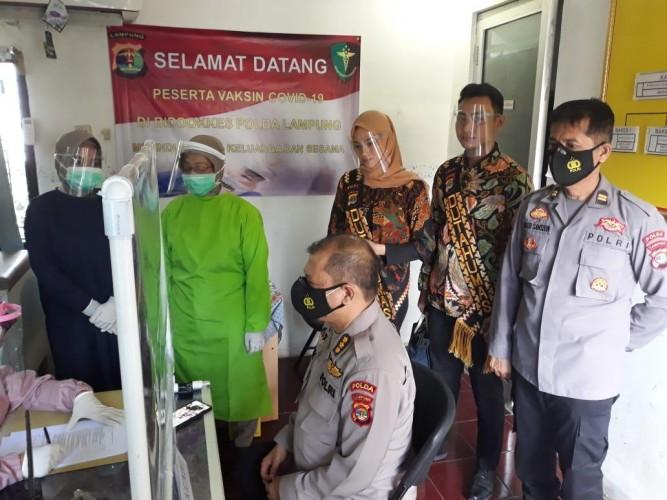 110 Nakes Polda Lampung Divaksin Covid-19
