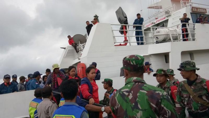 116 Warga Pulau Sebesi dan Sebuku dievakuasi ke Kalianda
