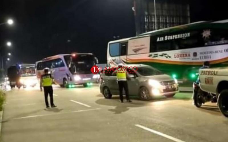 131 Kendaraan Diputar Balik di Pelabuhan Bakauheni
