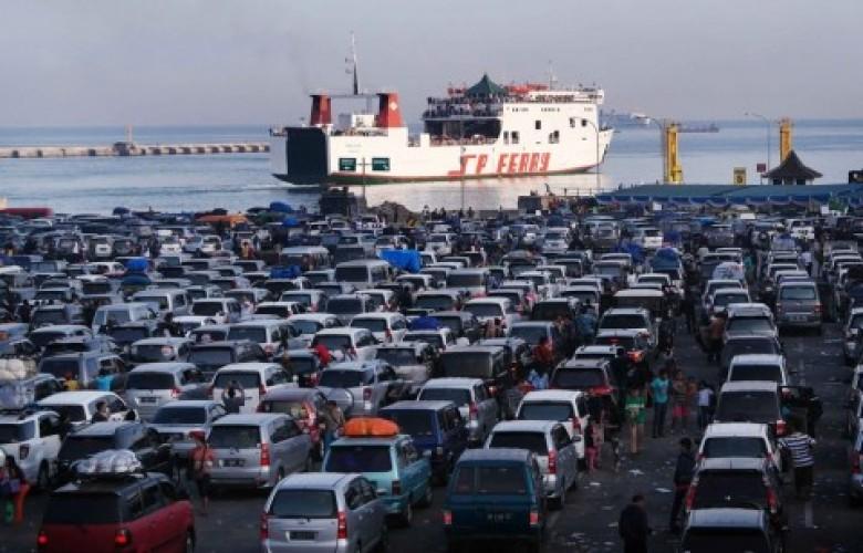 14 Ribu Pemudik Padati Pelabuhan Bakauheni