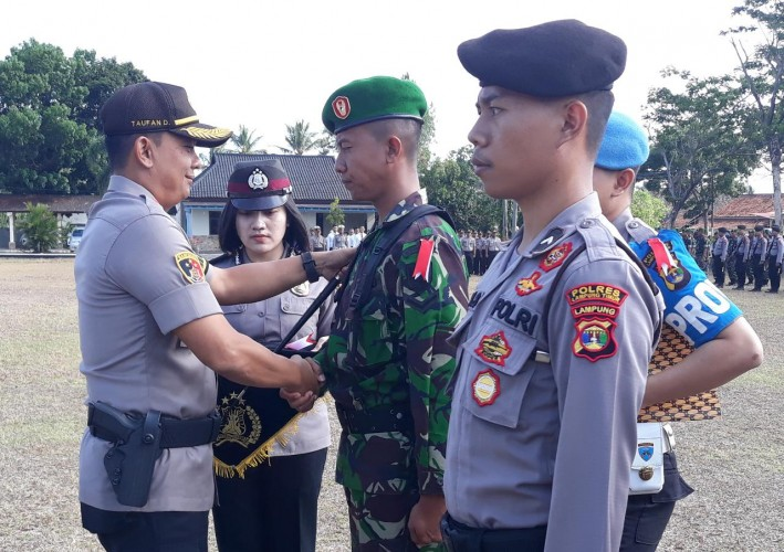 1.542 Personel GabunganSiap Amankan Pilkades Serentak