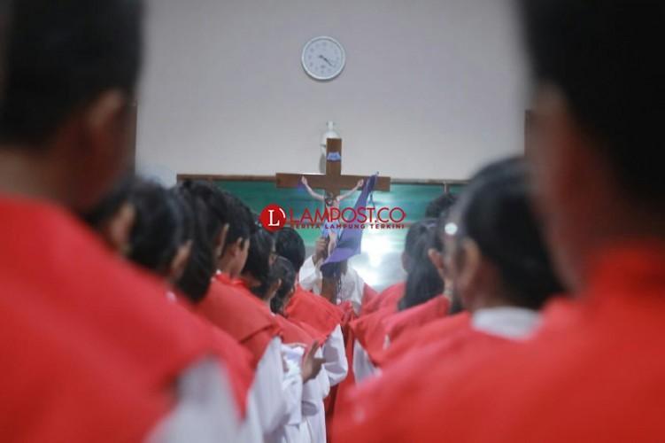 Salib Sebagai Sumber Kebahagiaan