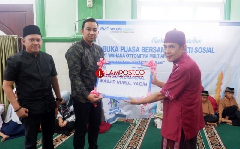 Sambut Ramadan, WOM Finance Berbagi Kebaikan di 21 Masjid