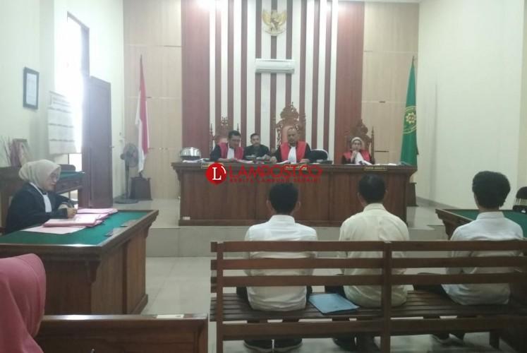 Pengeroyok Pedagang PKORDituntut 2,2 Tahun Penjara