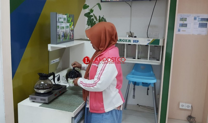 Betahnya Berlama Lama Di Kantor Bpjs Ketenagakerjaan Bandar Lampung