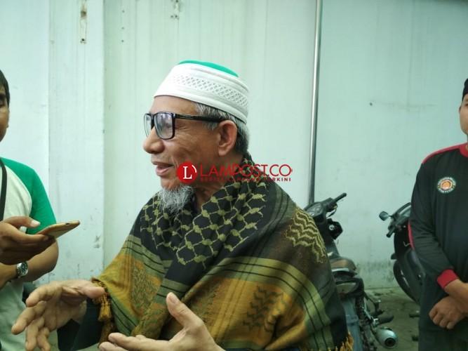 Khalifah Khilafatul Muslimin Benarkan Noval Diamankan di Kantornya