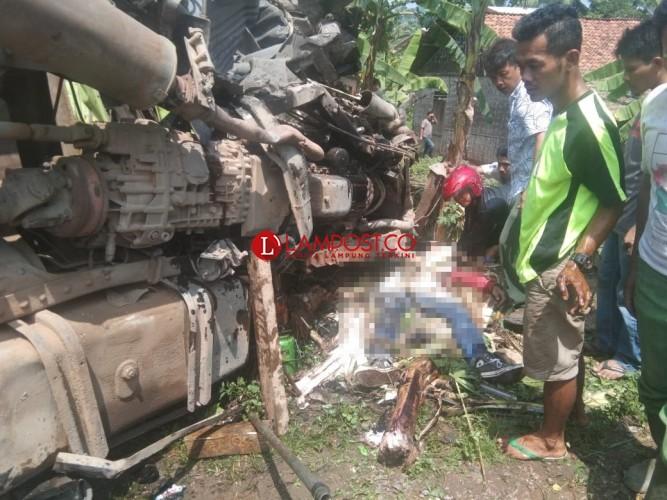 Kecelakaan Maut di Tarahan Renggut Tiga Nyawa