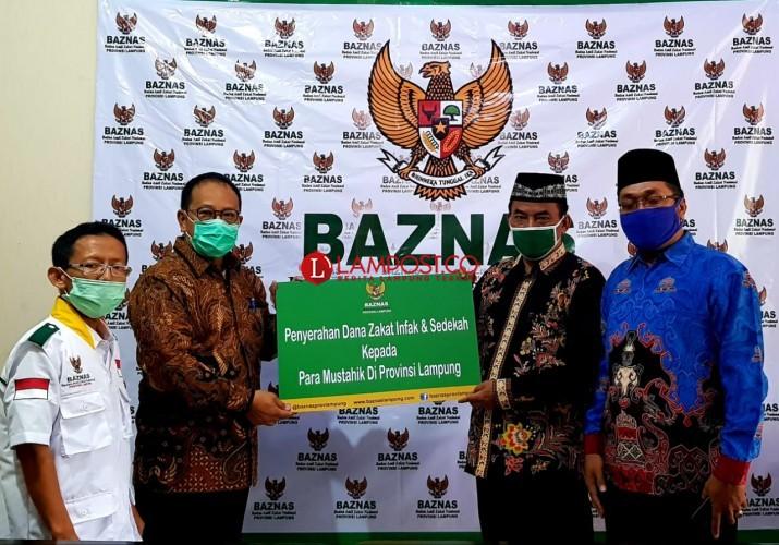 Ratusan Guru Mengaji di Lampung Terima Bantuan