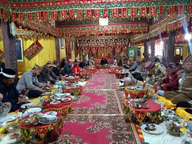 Kerajaan Sekala Bkhak Kepaksian Pernong Terima Kunjungan Polda
