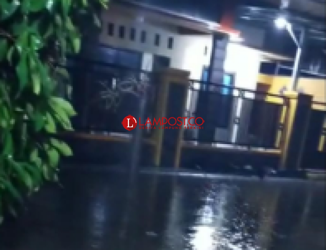 Waydadi Terendam Banjir Usai Diguyur Hujan Semalam