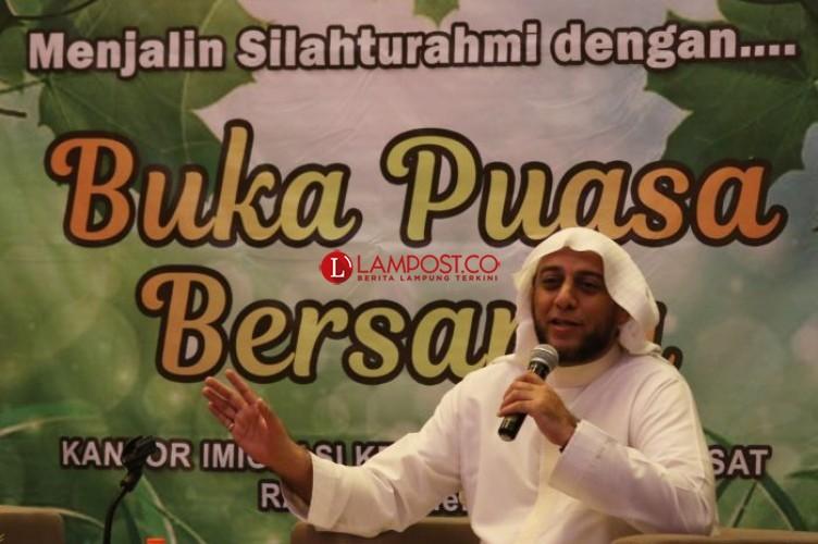 Kisah Syekh Ali Jaber Berjuang dari Lombok Hingga Jadi WNI
