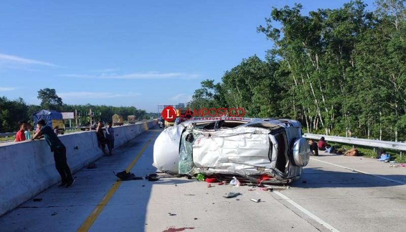 Tiga Penumpang Tewas dalam Kecelakaan di Tol Pematang Panggang