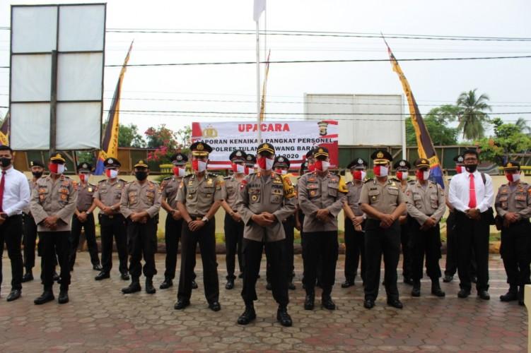 17 Anggota Polres Tubaba Naik Pangkat