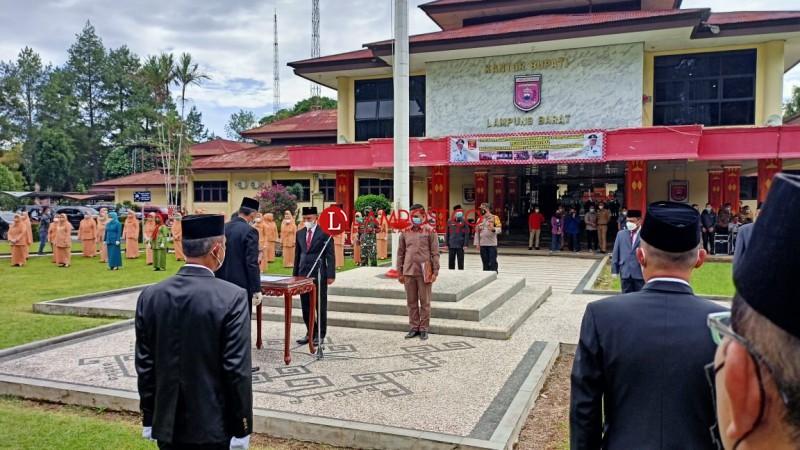 17 Pejabat Eselon II Pemkab Lambar Dimutasi