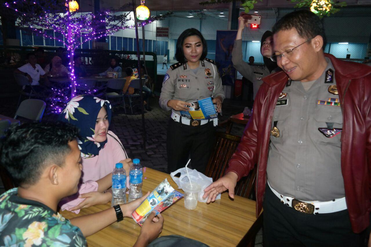 Peringati Hari Kartini, Polwan SosialisasikanOperasi Patuh