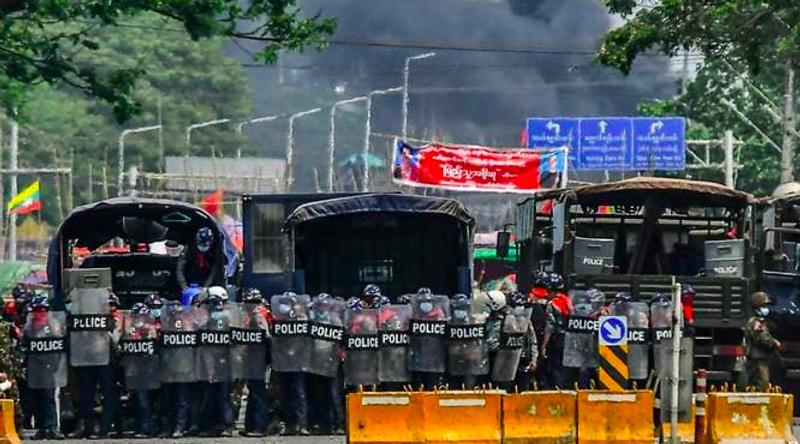 18 Demonstran Tewas, Myanmar Terapkan Darurat Militer di Yangon