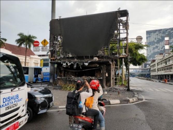 18 Pos Polisi di Jakarta Hancur Dirusak Pedemo