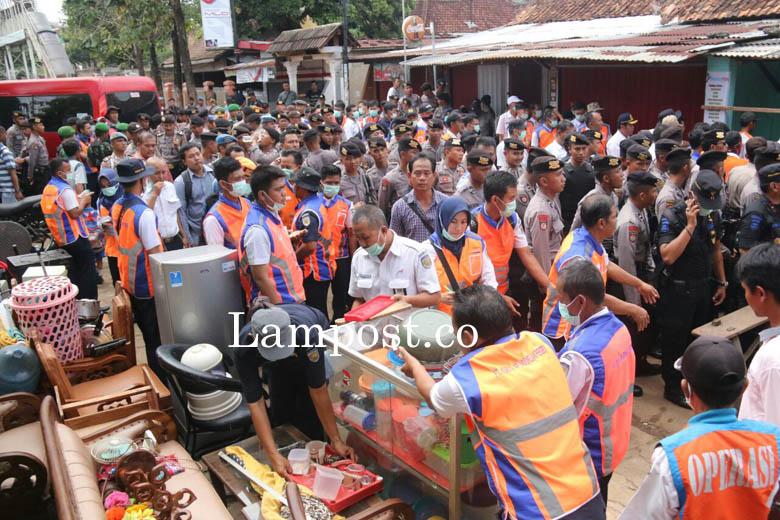 VIDEO: Suasana Eksekusi Rumah Dinas di Pasir Gintung