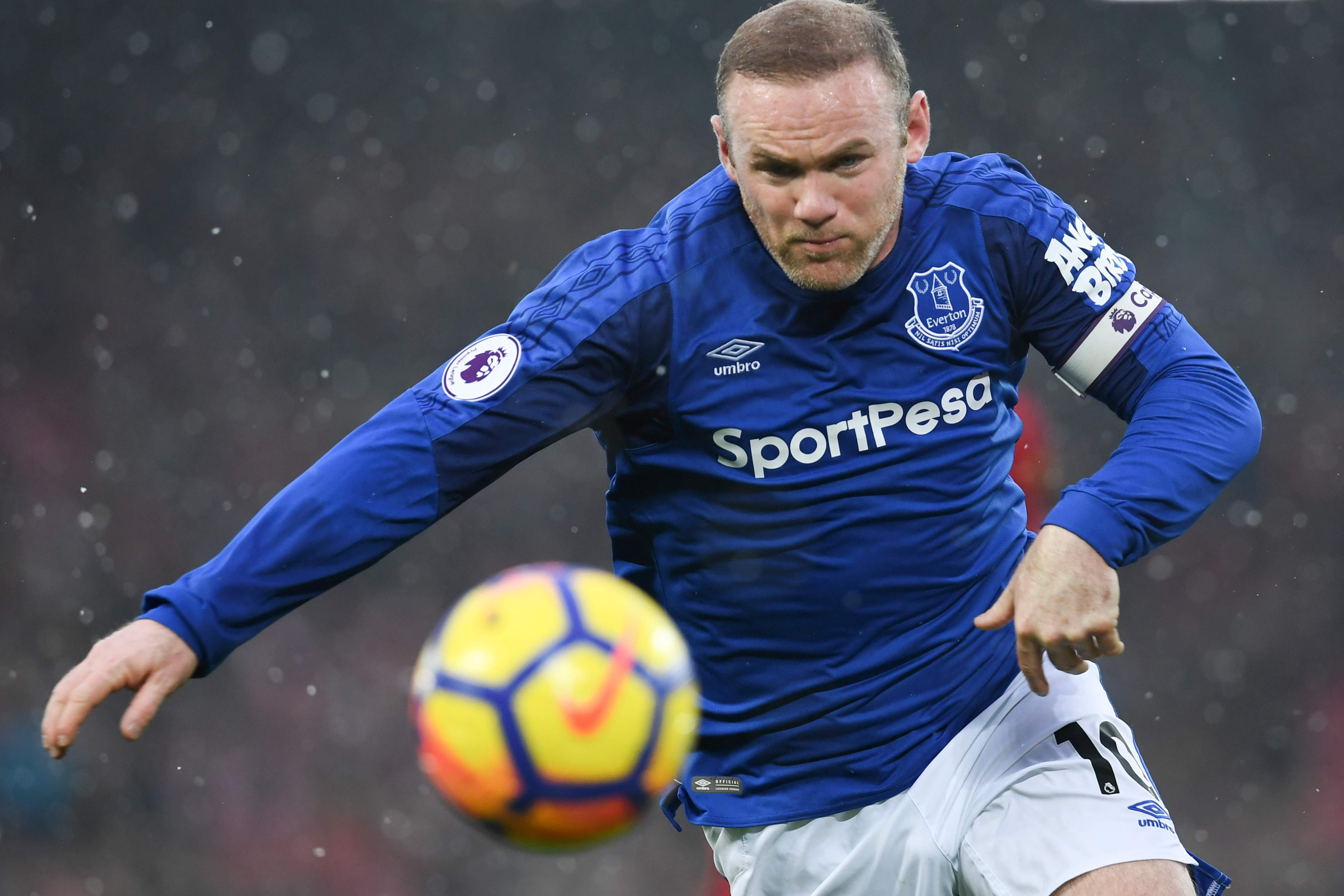 Penalti Rooney Gagalkan Kemenangan Liverpool