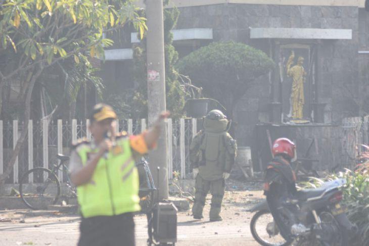 Serangan Bom Terjadi di Tiga Gereja Surabaya