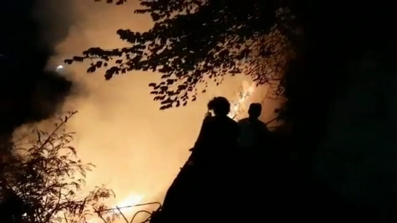 2 Lahan Kering di Sukabumi Terbakar dalam Satu Malam