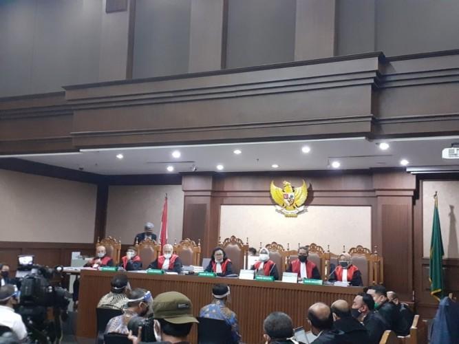 2 Tersangka Kasus Jiwasraya Didakwa Berlapis