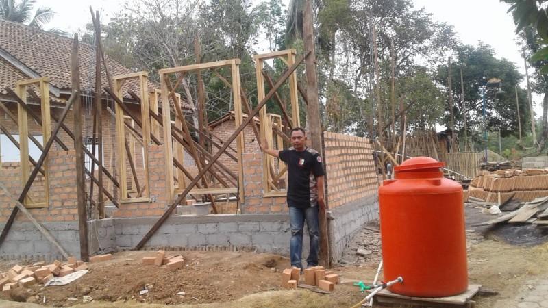 20 Rumah Tak Layak di Desa Sinarmas Alam akan Dibedah