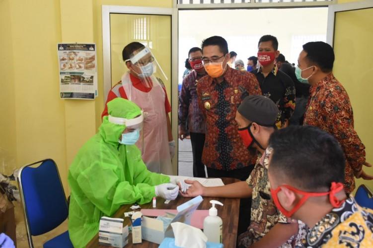 200 ASN Pemkab Lamtim Berdomisili di Bandar Lampung Ikuti <i>Rapid Test</i>