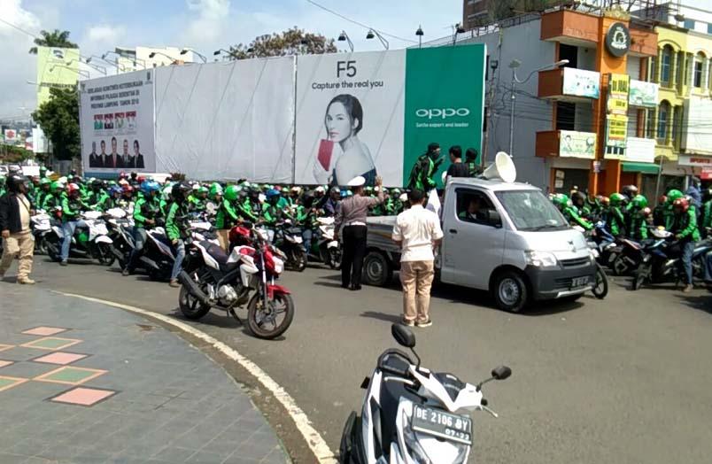 Ini 8 Tuntutan Driver Grab Lampung
