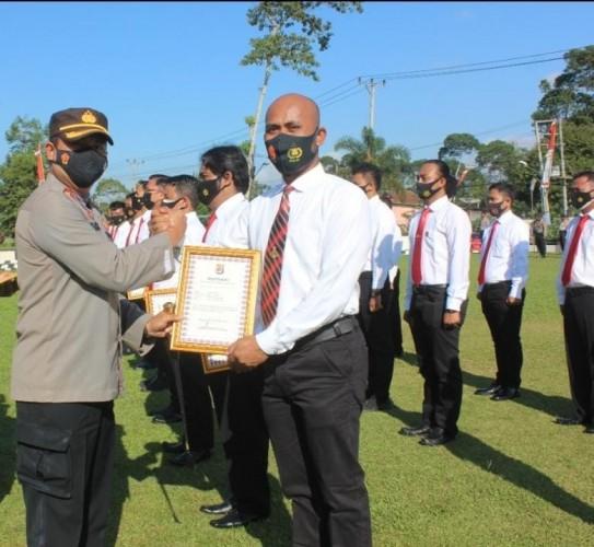 23 Anggota Polres Lambar Diganjar Penghargaan