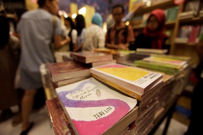 Penulis Buku di Indonesia Bakal Berguguran?