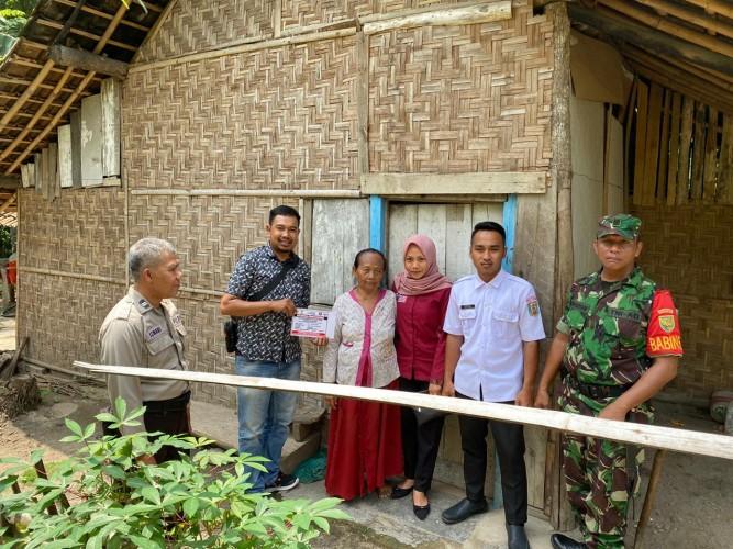 248 Rumah Penerima PKH di Kampung Bumibaru Ditandai Stiker