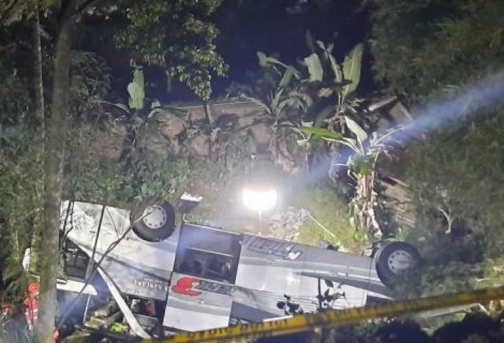 26 Tewas dan 39 Selamat dalam Kecelakaan Bus di Sumedang