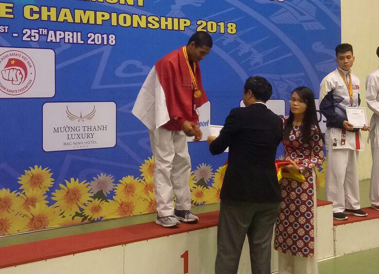 Karateka Lampung Raih Emas di Kejuaraan Asia Tenggara