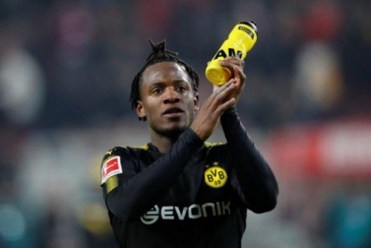 Gol Batshuayi Bawa Kemenangan Dortmund