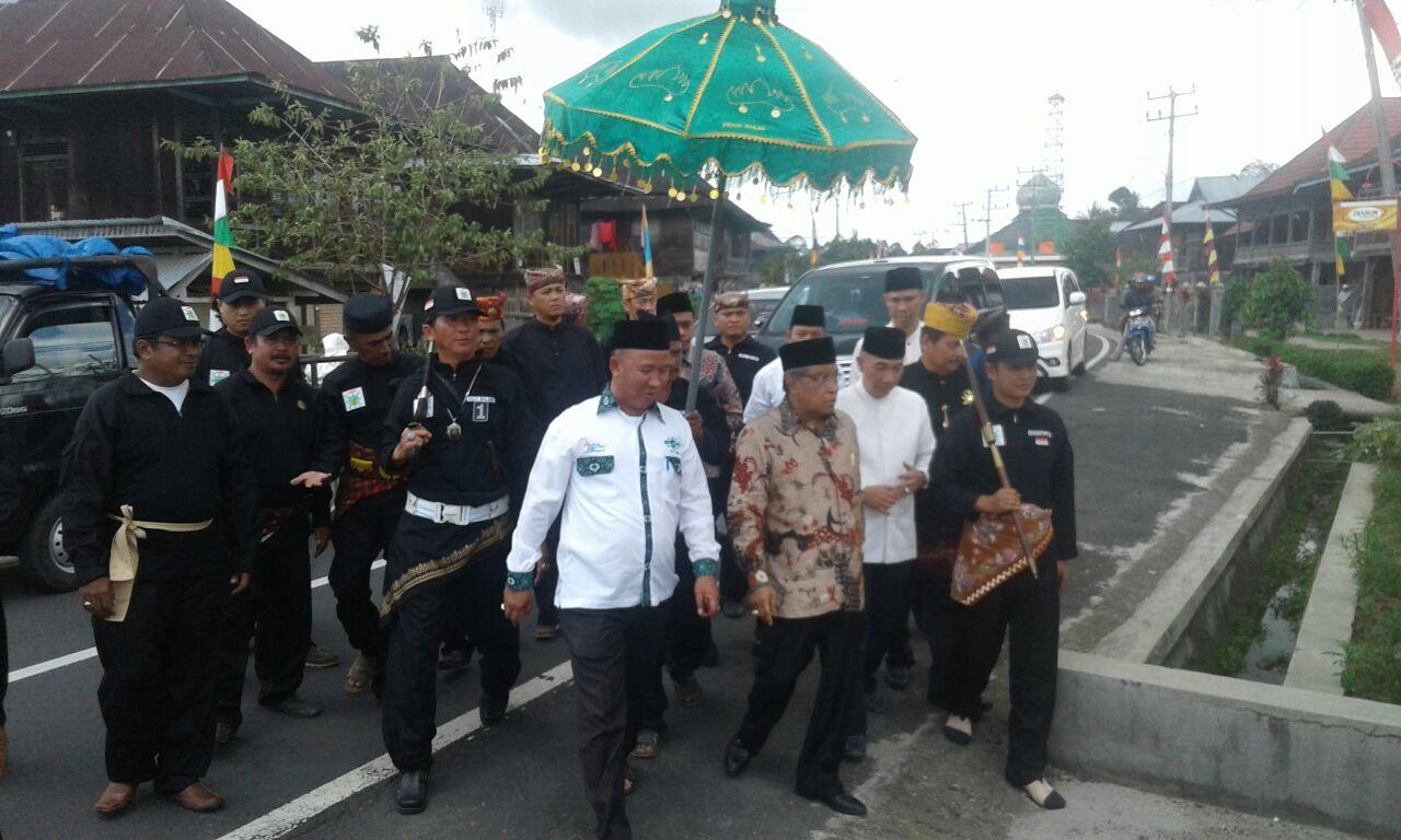 Ketua PBNU Kunjungi Gedung Dalom Kerajaan Sekala Bkhak