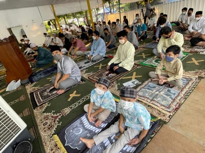 30 Tahun, Warga Gelar Salat Id Pertama Kali di Tenda Masjid At Tabayyun
