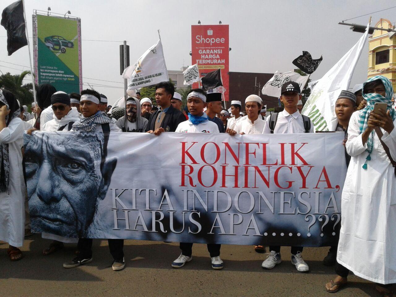 Ribuan Masyarakat Suarakan Tujuh Tuntutan Bela Rohingya