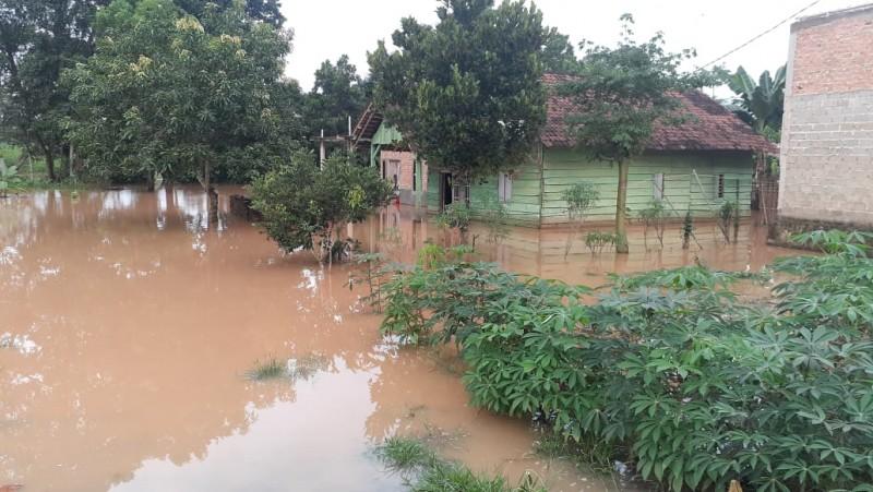 37 Rumah di Kotabumi Selatan Tergenang Banjir