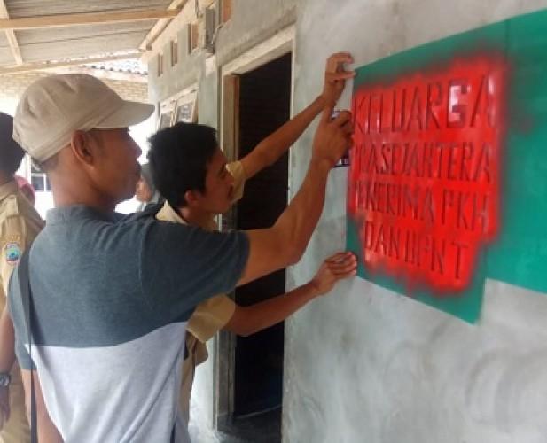 370 Rumah Keluarga Miskin Dapat Tanda Khusus