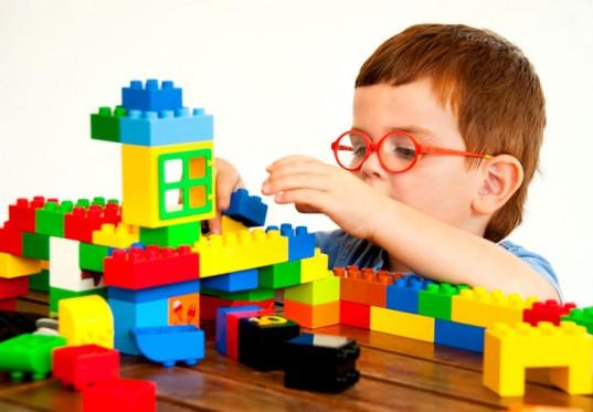 Manfaat Bermain Lego bagi Si Kecil