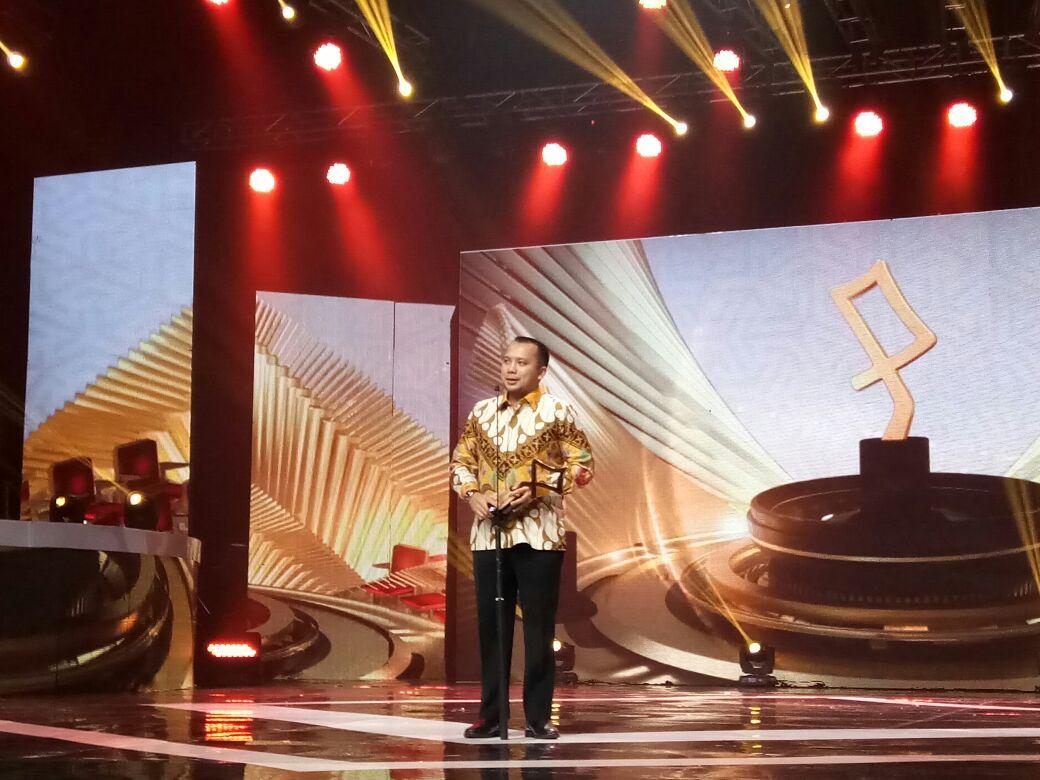 Gubernur Lampung Terima Penghargaan Anugerah KPI 2017