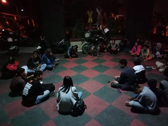 4 Bulan, Warga Eks Pasar Griya Sukarame Masih Bertahan Tinggal di Kantor DPRD