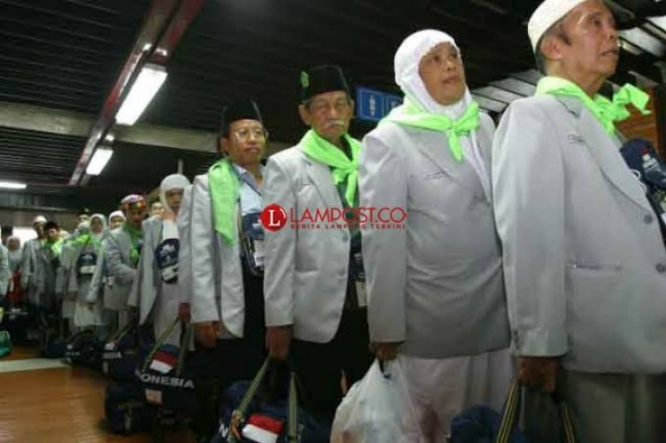 425 Calon Jemaah Haji Lamsel Batal Berangkat Tahun Ini