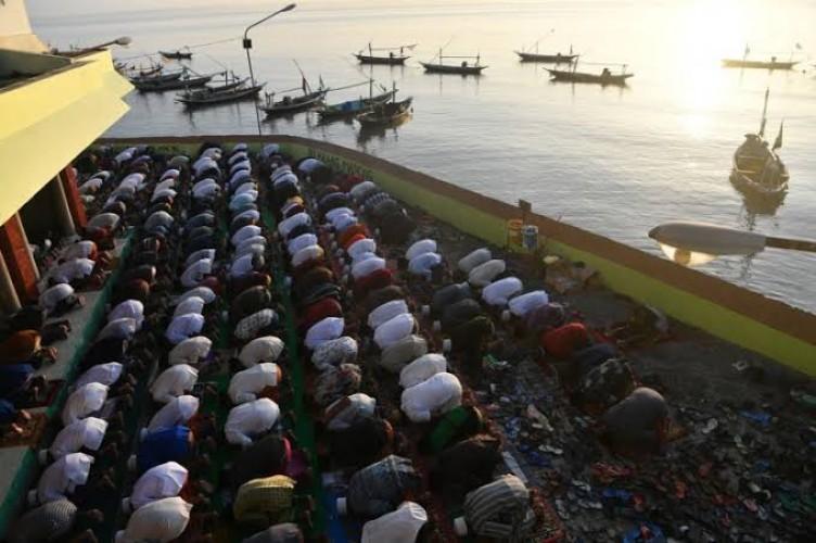 453 Masjid di Tanggamus Gelar Salat Idulfitri