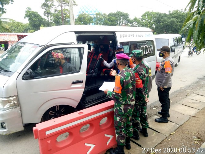 465 Kendaraan Dicegah Masuk Bandar Lampung